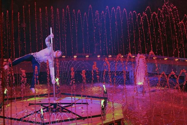 Цирк шоу гигантских фонтанов билеты билеты у кино цена