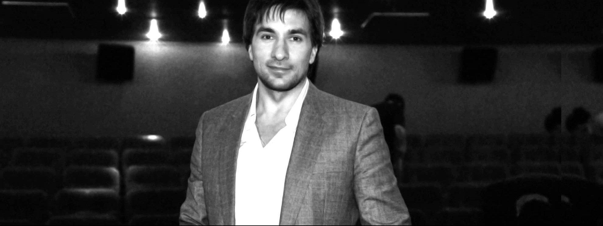 performer Grigoriy Antipenko