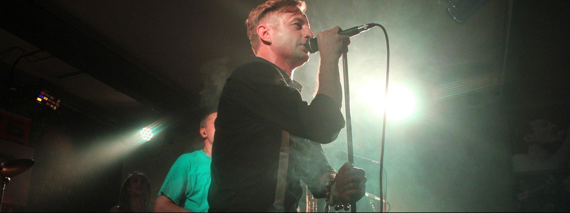 "performer Zhadan and ""Sobaki v kosmose"""